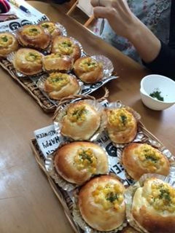 基本のパン コーンマヨ