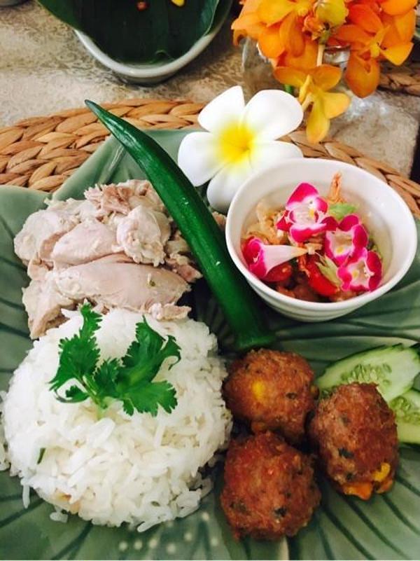 タイ料理レッスン、カオマンガイ、豚肉団子など~♬