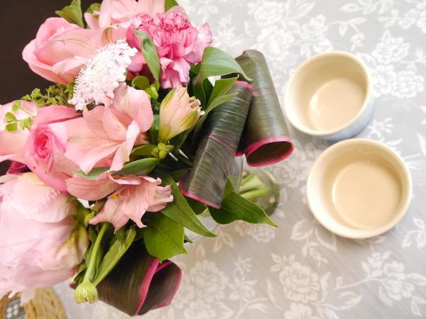 素敵なお花と食器と