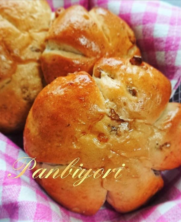 くるみパン(レギュラーメニュー)