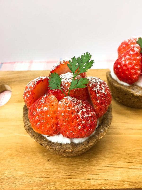 卵、乳製品、小麦不使用の苺タルト