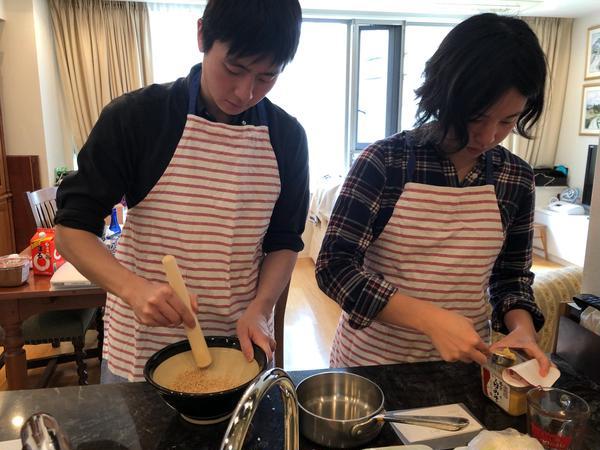 和食の基本をおさえて家庭料理を作ります。毎月1回開催