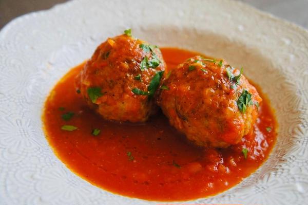 ポルペッティ トマトソース煮込み