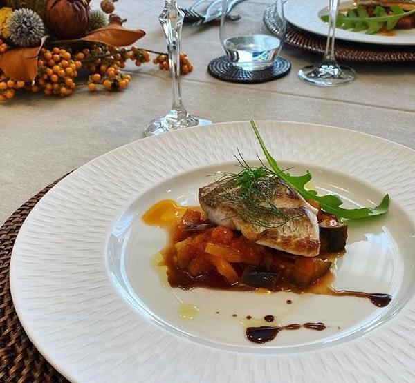 真鯛のポワレ 甘酸っぱいお野菜の煮込みカポナータ