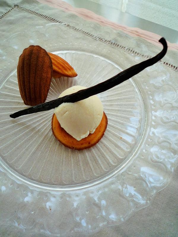 発酵バターのマドレーヌとヴァニラのソルベ
