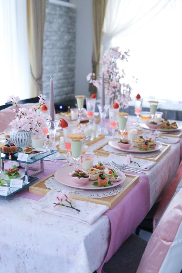 お花見をテーマにピンク×白木コーデ(2019.3)