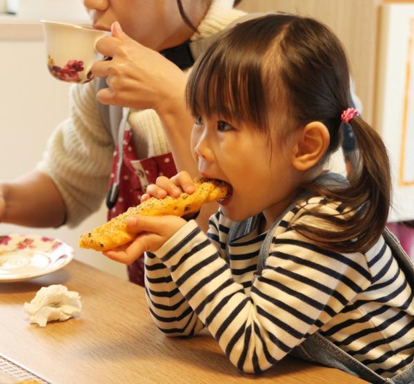 子供たちにも安心して食べてもらえる無添加パンです!!