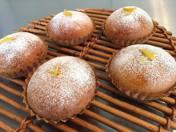レモン酵母でレモンクリームパン