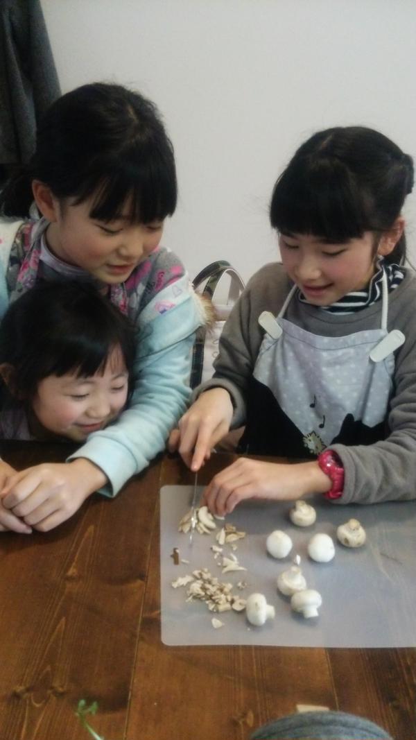 親子レッスン❤お姉ちゃんと仲良しですね✨楽しく学べます