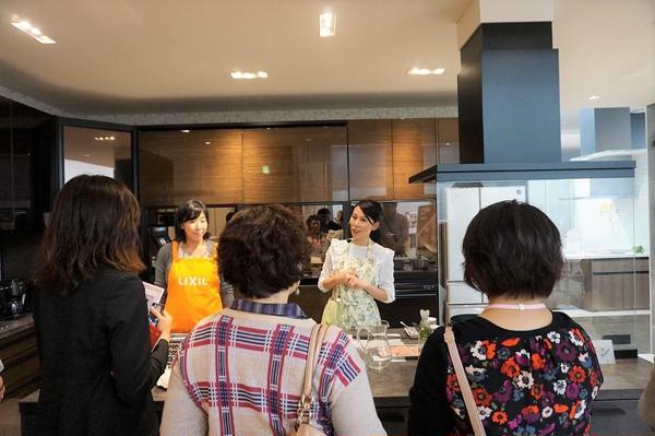 LIXIL札幌ショールームにて最新キッチンでのクッキング♪