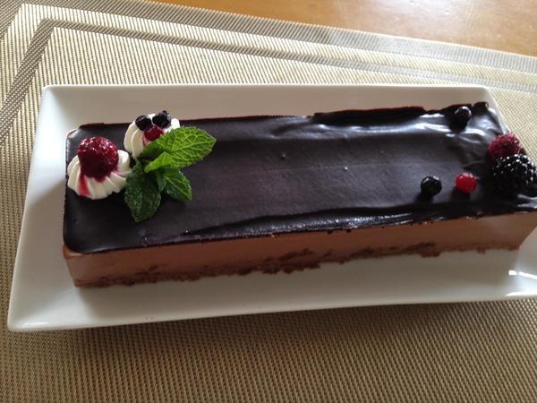 グリオットのチョコレートケーキ