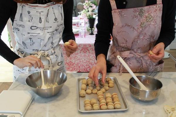 イタリアのお菓子「バーチ・ディ・ダーマ」作り♪