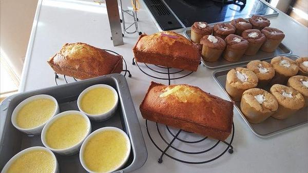2種のカップシフォンといちじくのパウンドケーキ