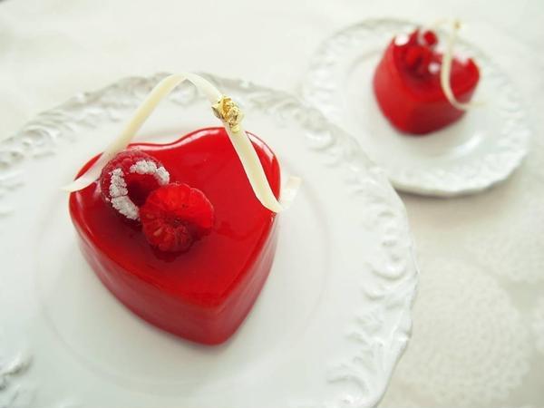 バレンタインレッスンのハートチョコレートケーキ。