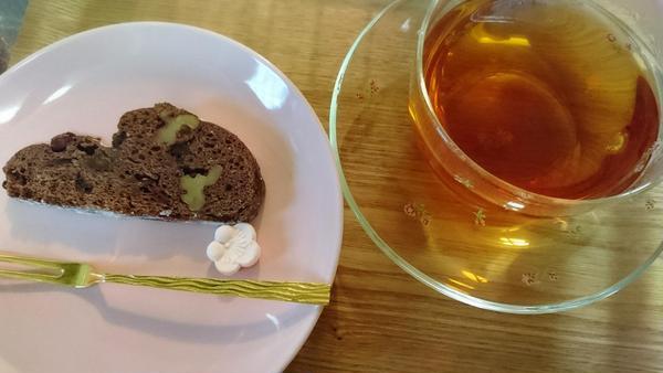 発酵中はムレスナの紅茶で、Teaタイムです♡