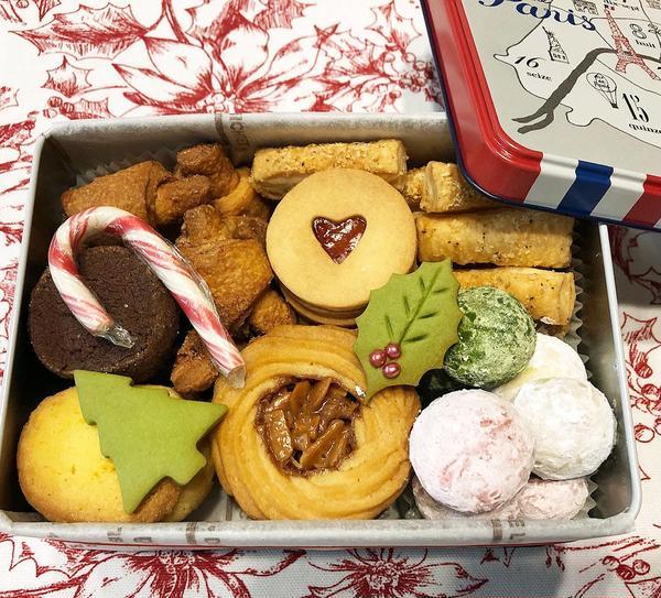 いろんなお味が詰まった楽しいクッキー缶