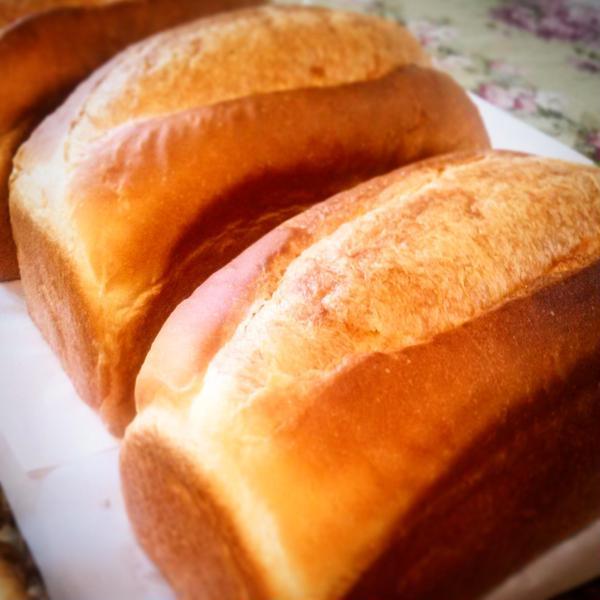 焼き立てパンは格別です!
