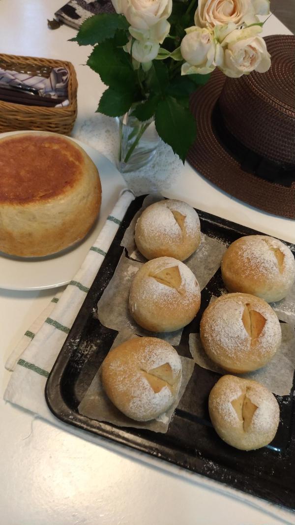 ひとつの生地で二種類のパンがポン♪
