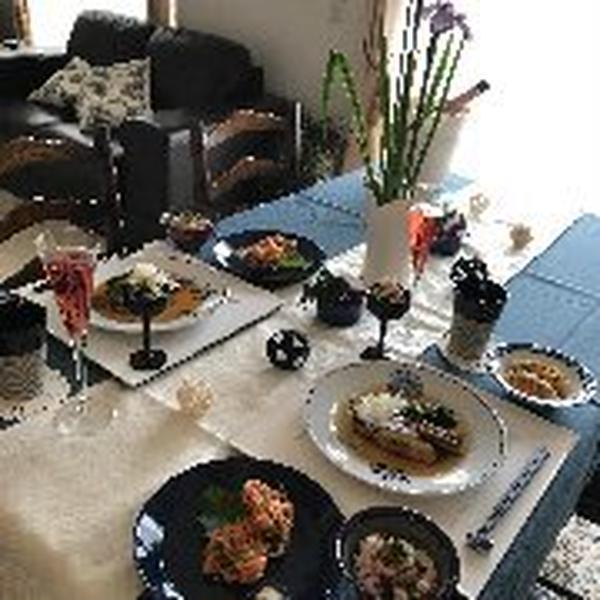 家庭料理のレッスン。和食をあえて洋食器に盛り付けてみました。