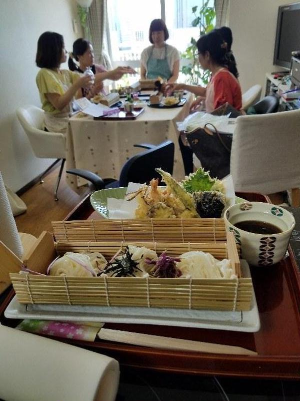 9月9日重陽の節句での料理セミナー  菊を用いて菊の天婦羅