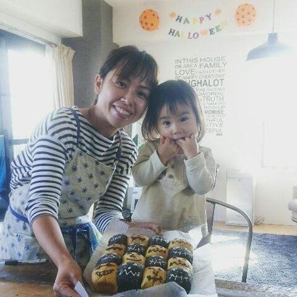 ハロウィンパン作りに可愛い親子が来てくれました。