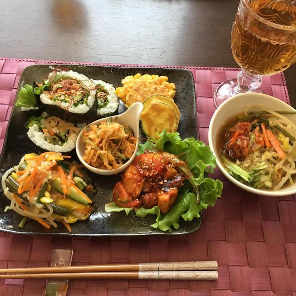 韓国料理です。具沢山なワンプレートレッスンです