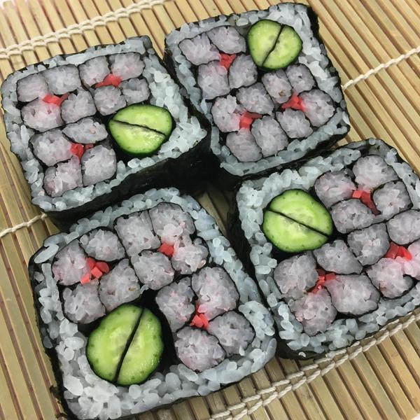 季節の飾り巻き寿司は、お弁当にもピッタリです。