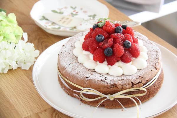 作ったケーキは可愛く写真撮影しましょう