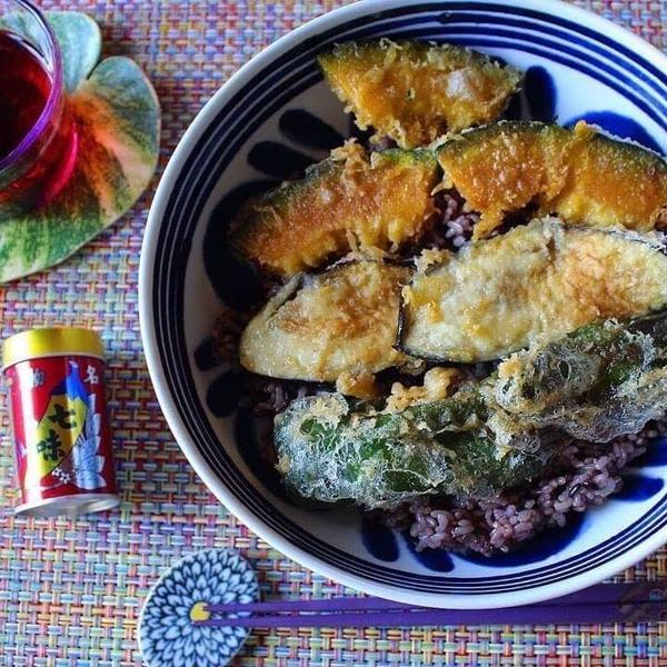 米粉の天ぷらで、天丼