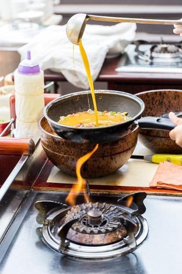 火加減の強弱が卵料理のポイントになります。