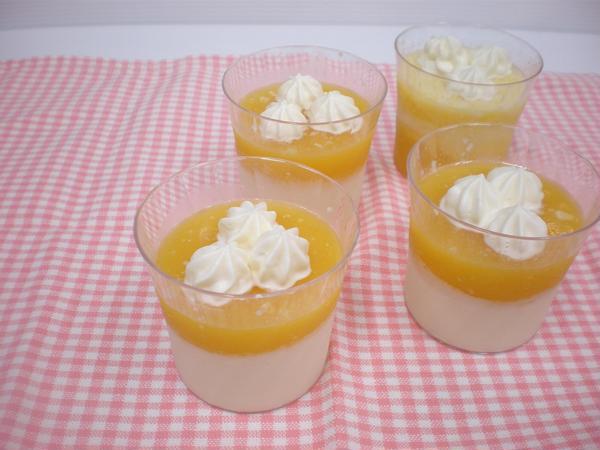 7月オレンジとミルクの2色ゼリー