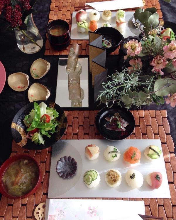 手鞠寿司 しめ鯖のバルサミコジュレと一緒に前菜に