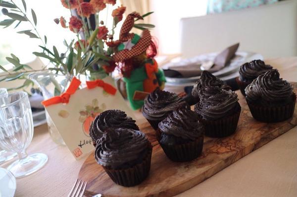 ブラックスタウトケーキ 真っ黒ケーキです