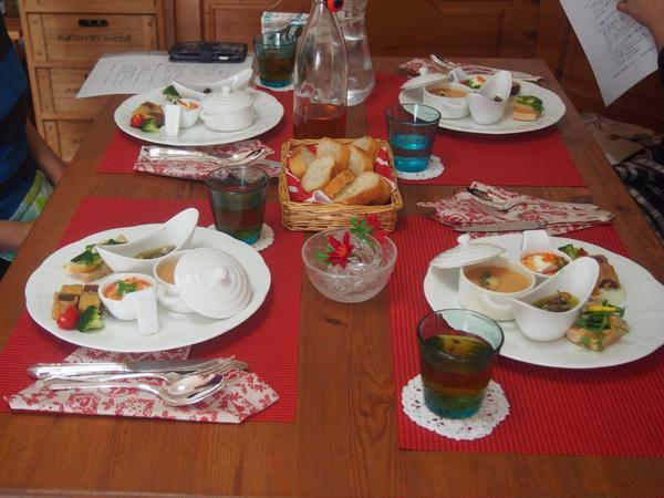 クリスマス限定、前菜試食タイム
