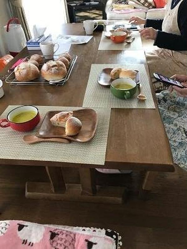 スープを飲みながらの試食会 かぼちゃのスープで❣