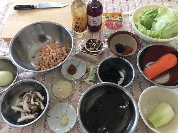 食材はできる限り有機を使います。調味料は昔ながらの製法のもの