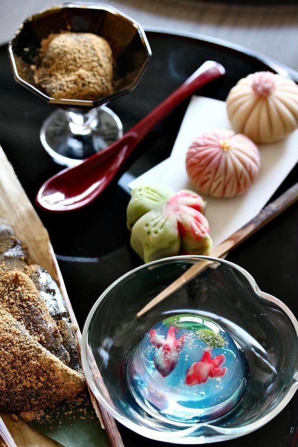 錦玉寒、本蕨粉を使ってわらび餅、練り切り 作成後はお抹茶と♪