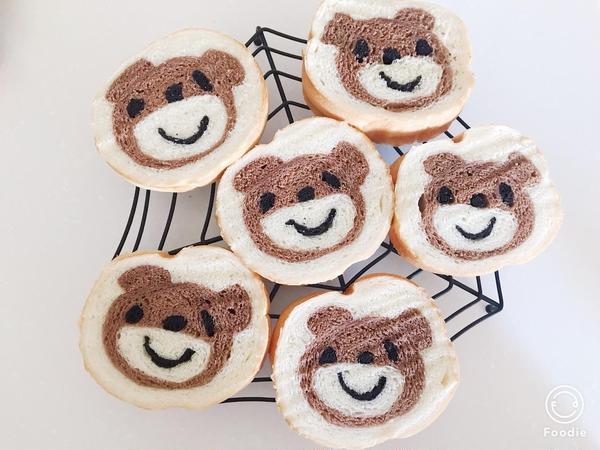 可愛い熊のデコ食パン🐻