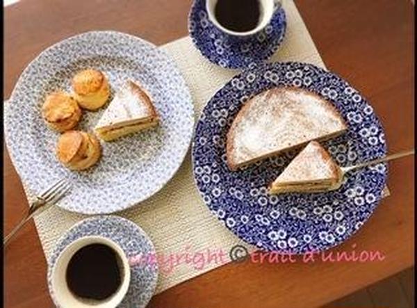 4月はイギリス菓子(ビクトリアケーキ&スコーン)