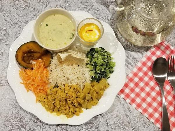 スリランカ・アーユルヴェーダ料理のレッスン。