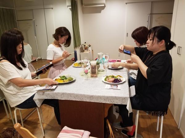 アーユルヴェーダ料理体験会。食事が中心の体験会です。