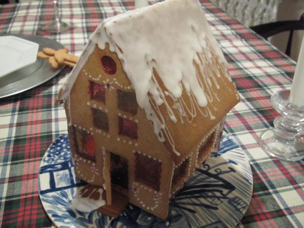クリスマスのジンジャブレットハウス、傑作だと思いませんか?