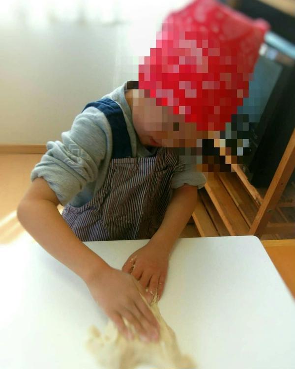 PIYOPAN初7歳の新2年生✨大人顔負けのパン作り✨