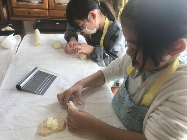 キッズキッチン ホワイトチョコクリームパン