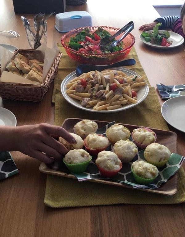 試食タイム。今日はパスタランチ。サツマイモの蒸しパン付き。