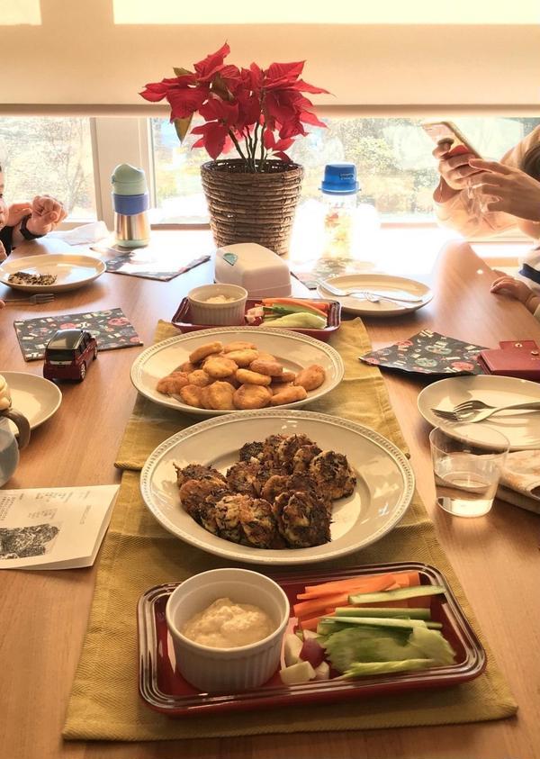 試食タイム。豆腐づくしのメニュー。