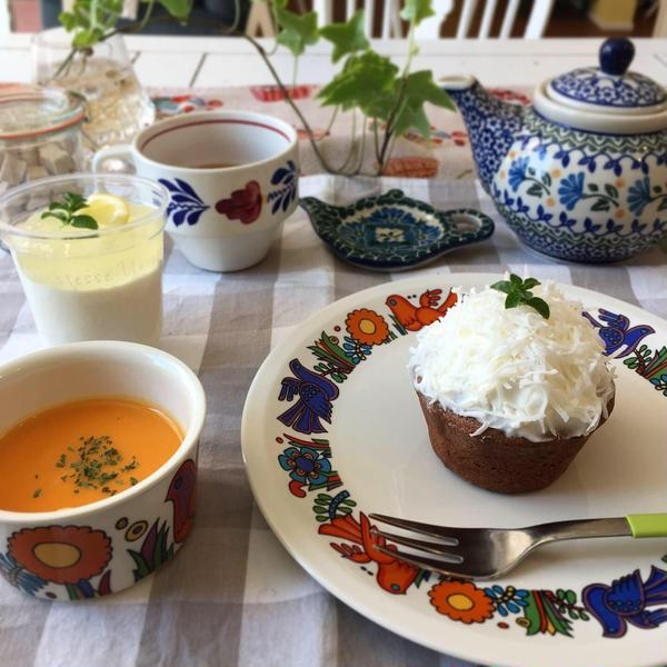 パン/お菓子共に、お昼の時間帯にはスープ付き!