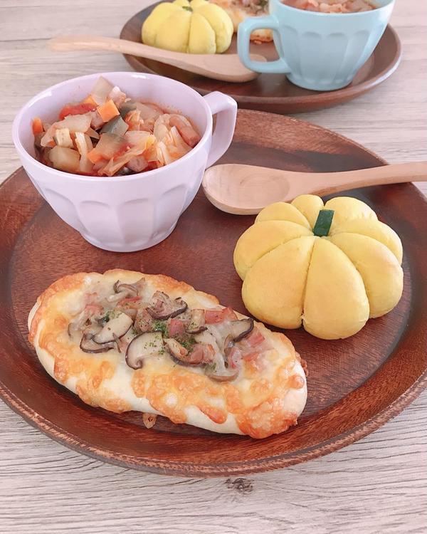9,10月限定きのこアヒージョのタルティーヌ、かぼちゃパン♡